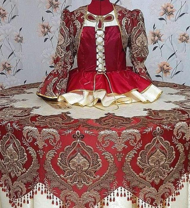 скатерь с вышивкой