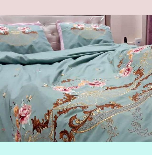 постельное бельё с вышивкой